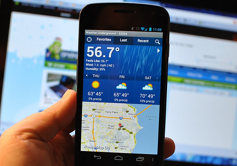 Viewing Weather Underground in a phone